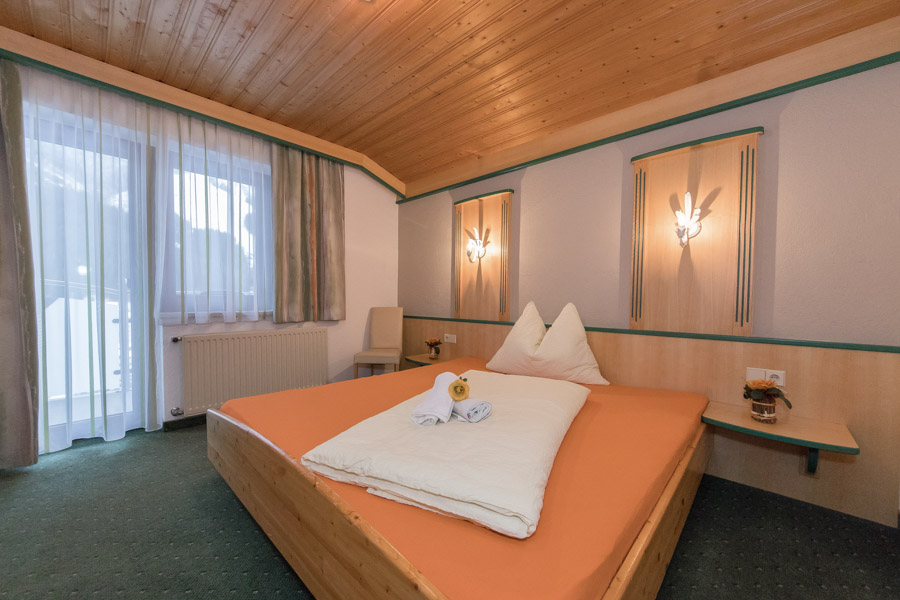 Pension Saalbach SuiteA2 6725