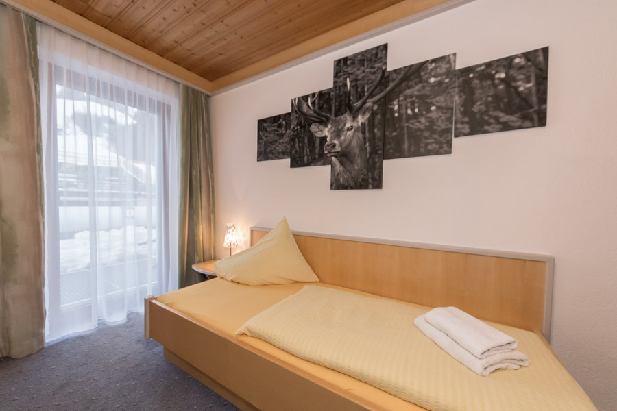 Pension Saalbach Zimmer 12 6754