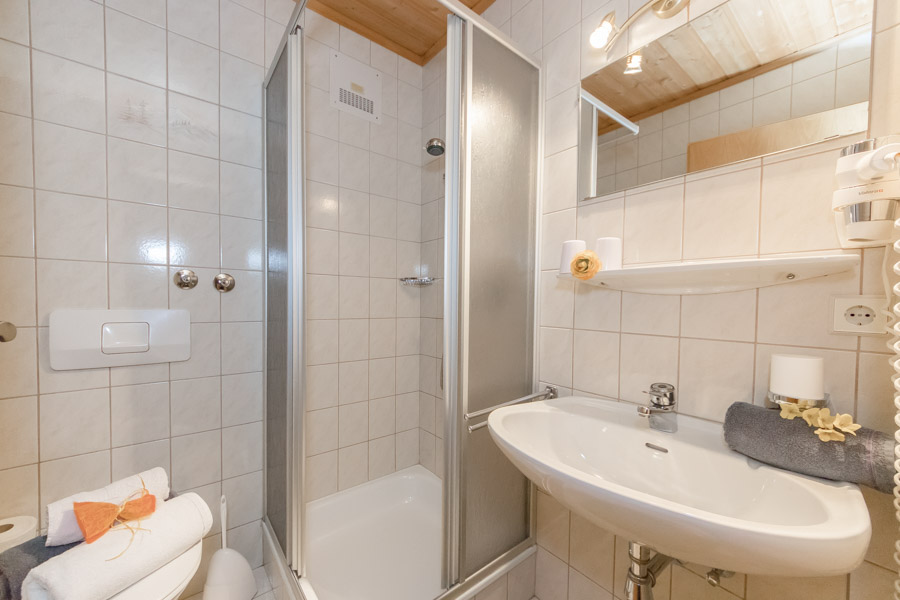 Pension Saalbach Zimmer 8 6792